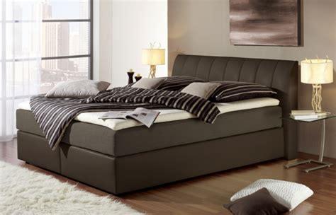 Schlafzimmer Ideen Braunes Bett Rheumricom