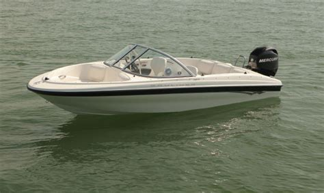 Affordable Bowrider Boats by Research 2011 Bayliner Boats 160 Ob On Iboats