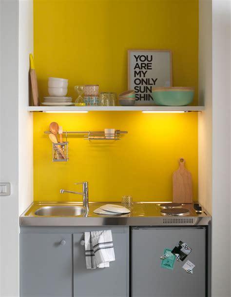 petit plan de travail cuisine amnagement petit espace cuisine modele salon cuisine
