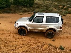 Toyota Kzj 90 Occasion : toyota land cruiser kzj 90 series sons of gasoline pinterest toyota land cruiser land ~ Gottalentnigeria.com Avis de Voitures