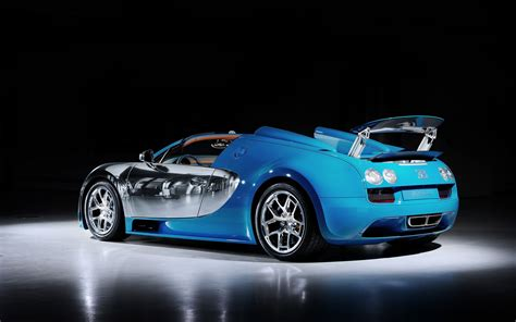 By definition, the bugatti veyron is quite rare as only 450 vehicles were assembled at vw group's molsheim plant in france between 2005 and 2015. 2013 Bugatti Veyron Grand Sport Vitesse Legend Meo Costantini 2 Wallpaper | HD Car Wallpapers ...
