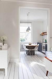 Test Wandfarbe Weiß : die besten 17 ideen zu dielenboden auf pinterest ~ Lizthompson.info Haus und Dekorationen