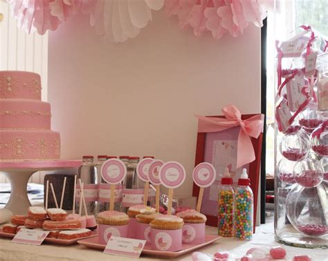 buffet deco rose pour baby shower fille baby shower