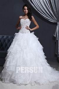 robe de mariee moderne bustier en organza decollete en With robe de mariée pas cher avec bijouterie diamant