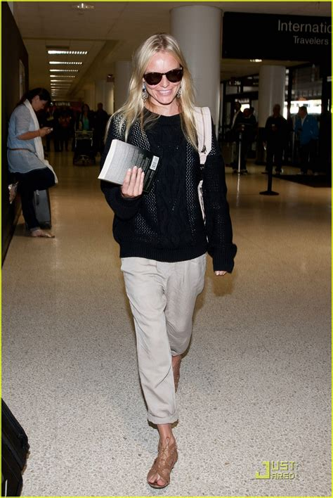 Kate Bosworth Airport-Style