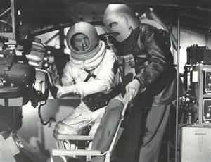 Say; Hello Spaceman: Destination Moon Spacesuits ...