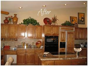 Ideas for decorating above kitchen cabinets best home for Ideas for decorating above kitchen cabinets