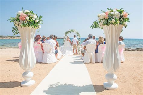 book  wedding day  dome beach hotel resort ayia napa
