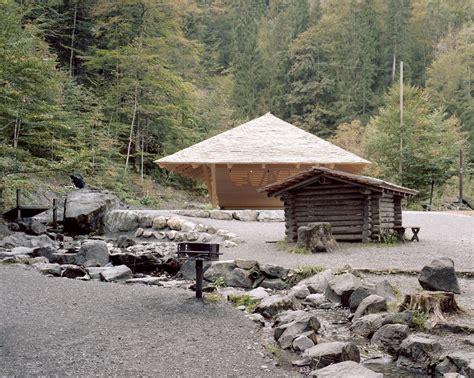 Wasserhaus Am Blausee In Kandergrund by Wasserhaus Am Blausee In Kandergrund Geneigtes Dach