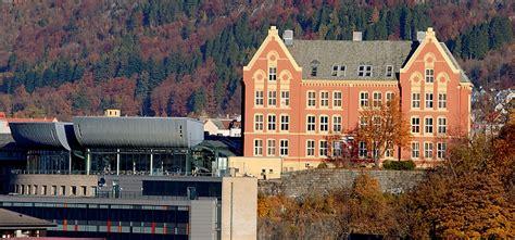 campus faculty  law university  bergen
