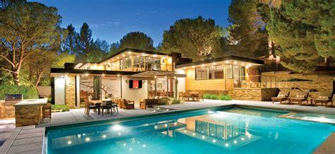 jaw dropping luxury villas designs    paradise