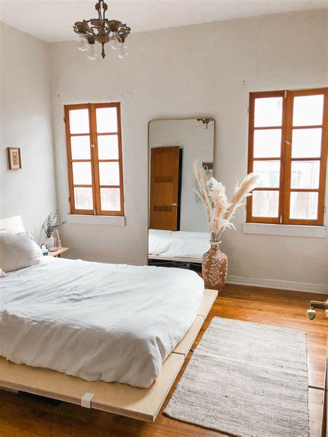 minimalist bedroom in 2020 minimalist bedroom furniture
