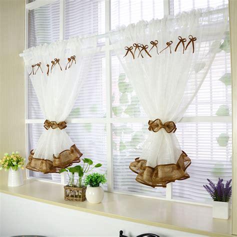 petit rideau cuisine rideau de cuisine 55 rideaux de cuisine et stores pour