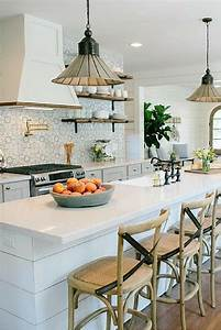 Magnolia Fixer Upper : 17 best ideas about fixer upper kitchen on pinterest fixer upper joanna magnolia paint and ~ Orissabook.com Haus und Dekorationen