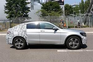 Mercedes Glc Coupe Hybrid : mercedes glc coupe 2016 spied once more merc 39 s going x4 ~ Voncanada.com Idées de Décoration