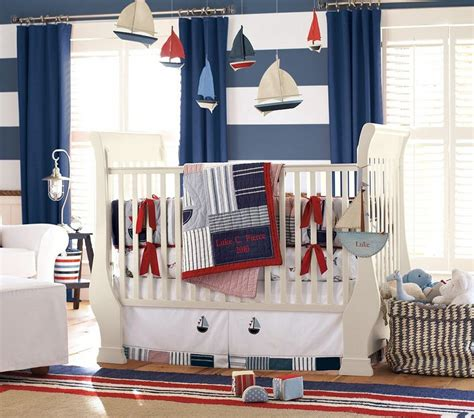 chambre pirate gar輟n déco chambre enfant pour garçon thème marin et voyages