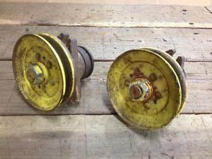 John Deere Sabre 1646 Hydro Lawn  U0026 Garden Tractor W   46