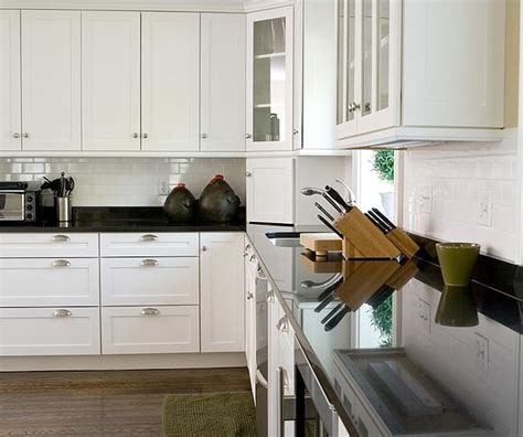 tips  choosing   kitchen cabinet hardware