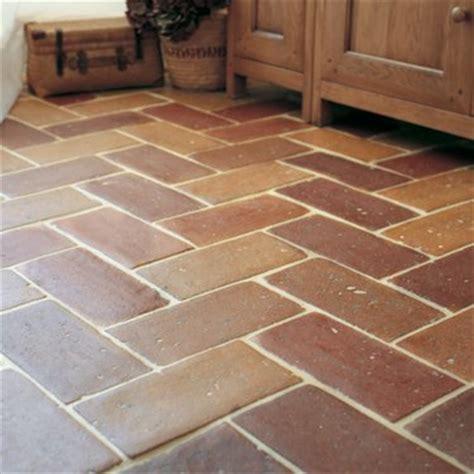 Kitchen Flooring Ideas Uk - terracotta floor tiles fired earth