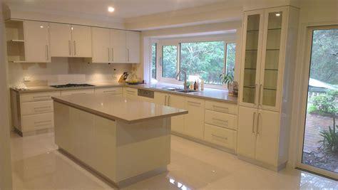 Kitchen Island Design Ideas by Kitchen Designs With Islands Modern Kitchen Setting
