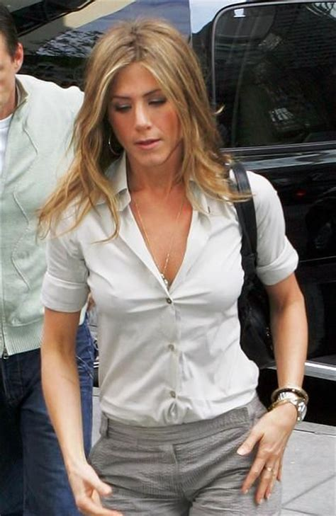 how to style hair like aniston 17 best images about aniston on 2297