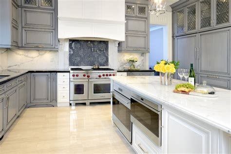pictures of kitchens with grey cabinets sterling kitchen cabinets information 9121