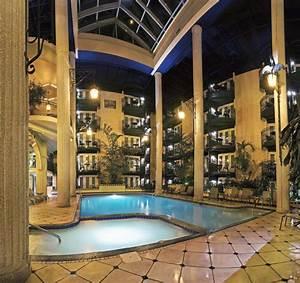 chambre photo de hotel plaza quebec quebec ville With hotel a quebec avec piscine interieure 5 hatel le dauphin quebec