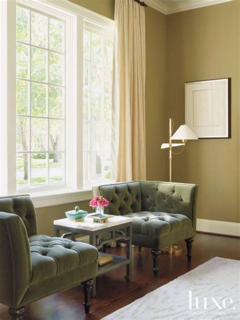cozy sitting area   dining room includes rogers