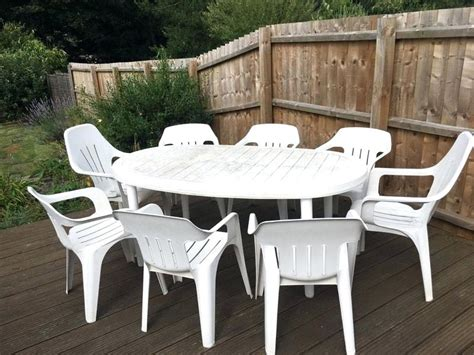 Cheap Patio Table And Chairs by Plastic Garden Table Cheap Green Chairs Modern Patio And