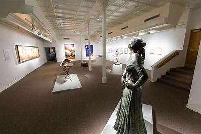 Museum Nau Displays Works