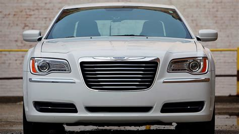 Undersized Grille Was #1 Complaint Of 2011-2014 Chrysler