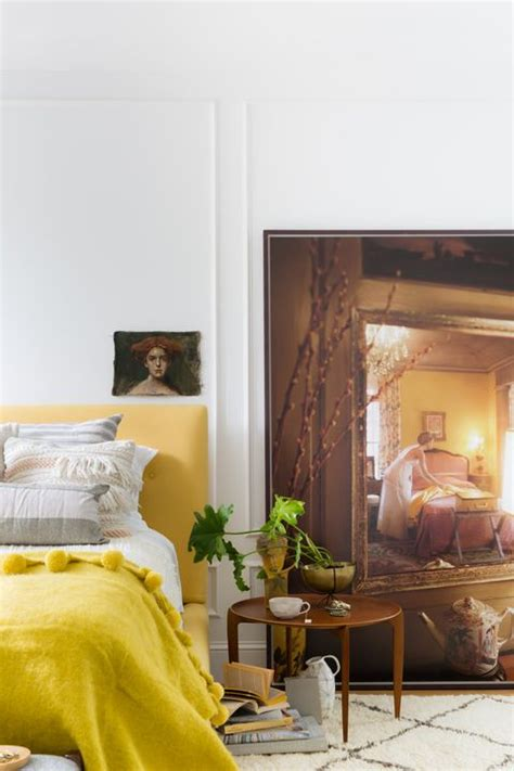 cheerful yellow bedrooms chic ideas  yellow
