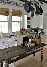 farmhouse kitchen ideas 31 Cozy And Chic Farmhouse Kitchen Décor Ideas | DigsDigs