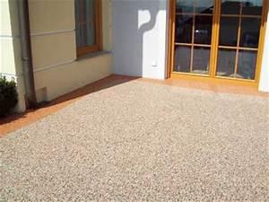 Bodenbelag Terrasse Kunstharz : terrassenbelag naturstein bodenbelag natursteinteppich industrieboden bodenbelag ~ Orissabook.com Haus und Dekorationen