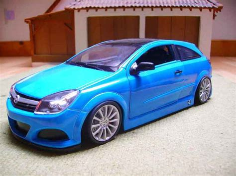 Opel Automobile Models by Opel Astra Gtc Opc Welly Modellini Auto 1 18 Comprare