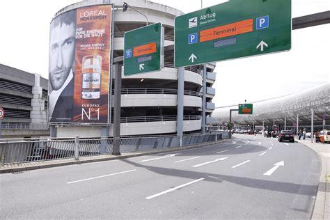 parkplatz düsseldorf airport parken in d 252 sseldorf airport apcoa parking