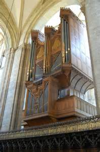 organ chichester cathedral  julian p guffogg geograph