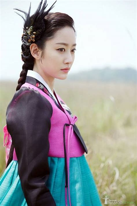 jeon hye bin  stunning     set