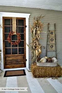 Fall front door decor ideas the garden glove for Front porch fall decor ideas