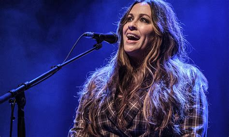 Alanis Morissette didn't want to include classic song ...