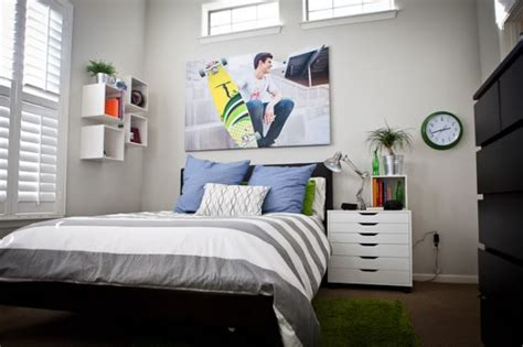 25+ Great Bedrooms For Teen Boys Home Decor Wall Signs Attic Decorating Bedroom Ideas Unique Flooring A Bay Window Mezzanine Design Decorations For Christmas Your Own Kitchen Layout