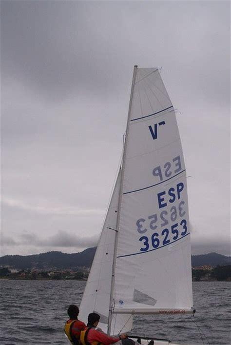 international vaurien sailing class  vaurien