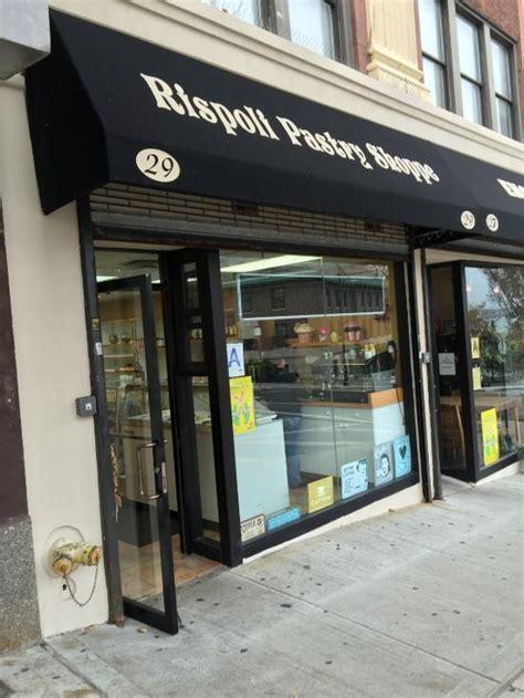 foto de Rispoli Pastry Shop Staten Island Restaurant Reviews