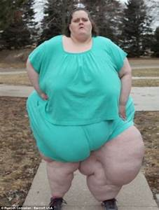World's fattest woman who pleaded with doctors to give her ...