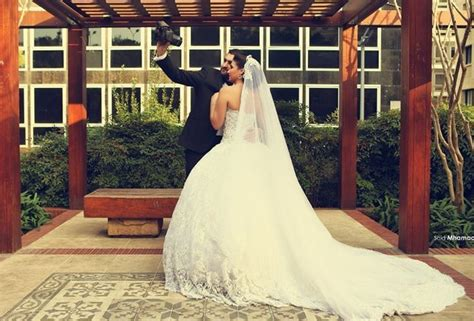 Delicate Sweetheart Lace Tulle Wedding Dress Ball Gown