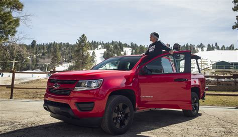 chevy introduces  colorado shoreline edition