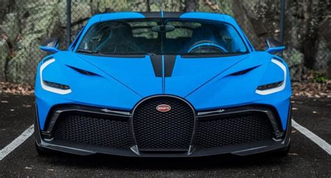 As with most bugattis, it looks good, and will no doubt have great speed, but will behave appallingly on the track. Matte Blue French Bugatti Divo Will Certainly Get Your Attention   Carscoops