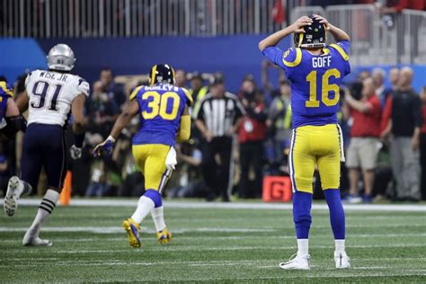goff rams electric offense shorts   super bowl
