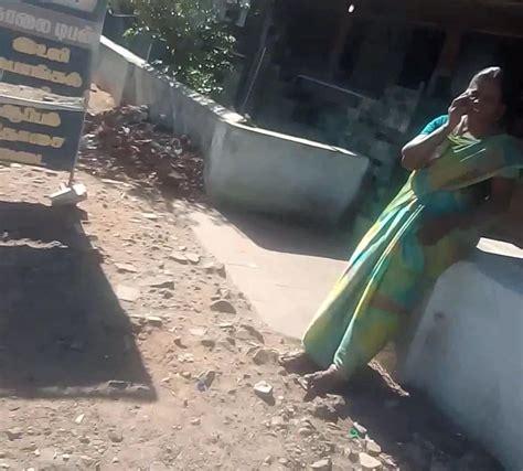 Satin Silk Saree Desi Aunty Fingering Her Pussy In