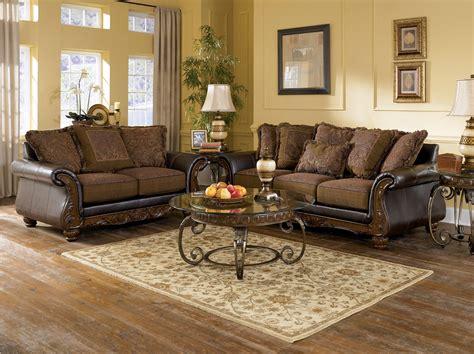 wilmington traditional living room furniture set  ashley